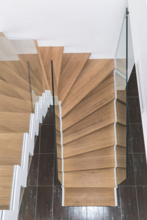 Interiérové schody se skleněným zábradlím Elegant Glas