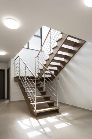 Dřevěné schody na míru Estetik