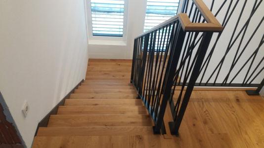 Moderní-schody-swn-2020
