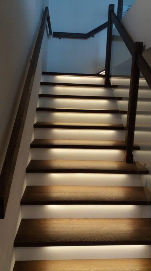 domino1 520x933 - DOMINO v moderním světle